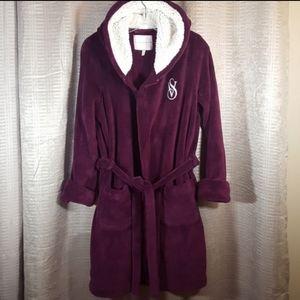 Victoria's Secret vs Sherpa polyester bath robe S